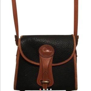 Vintage Dooney & Bourke Crossbody Turnlock purse